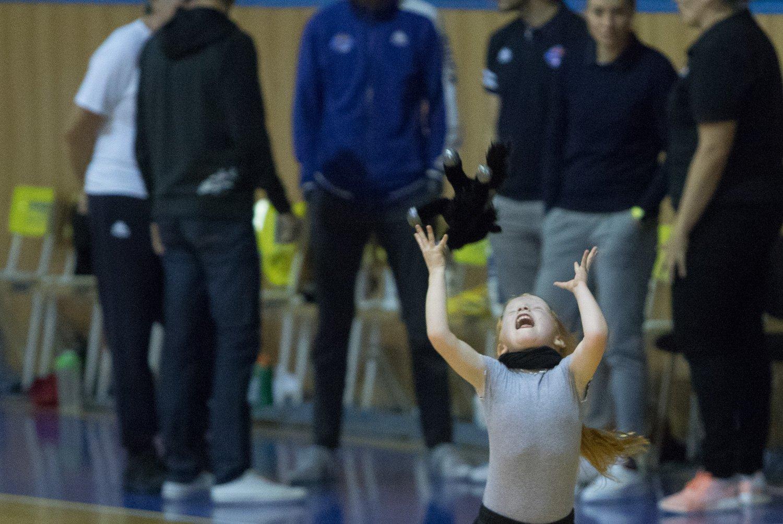 YOUNG ANGELS Košice vs. Piešťanské Čajky - Ženská basketbalová ... 65b9fbec8b1